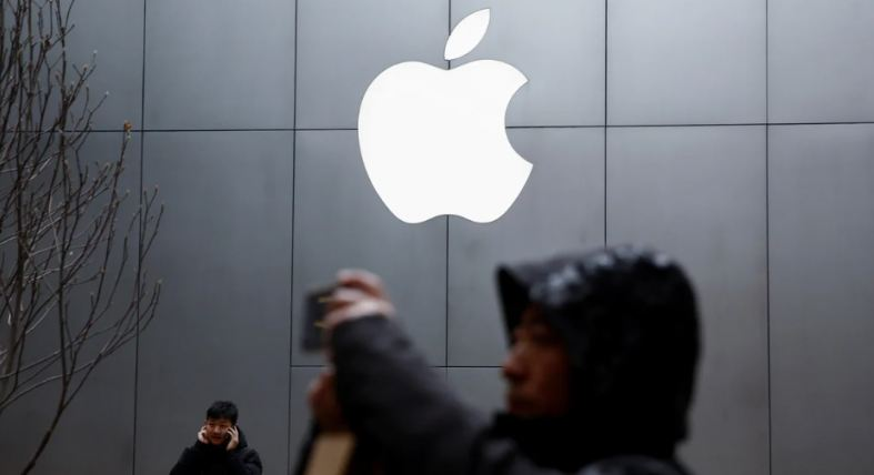 Apple is also facing Manufacturing delay and also trade loss as their Apple's offline in China are been shut for long!