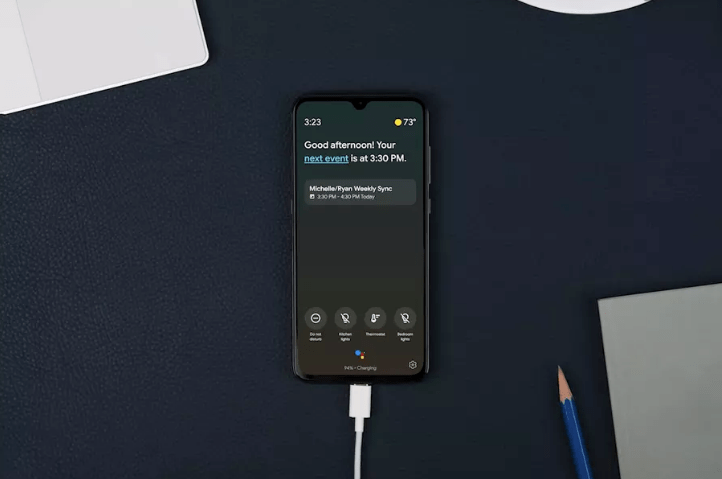 Assistant Ambient Mode in Oneplus Device