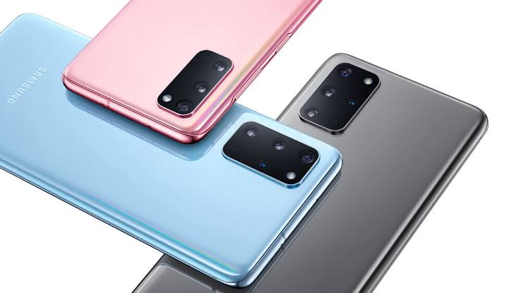 Samsung Galaxy S20 with its Trio colour flavours
