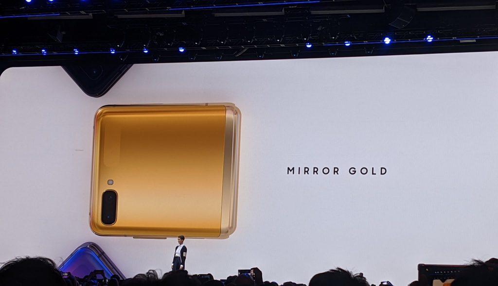 Samsung Z flip will come in Mirror Gold colour for selected countries