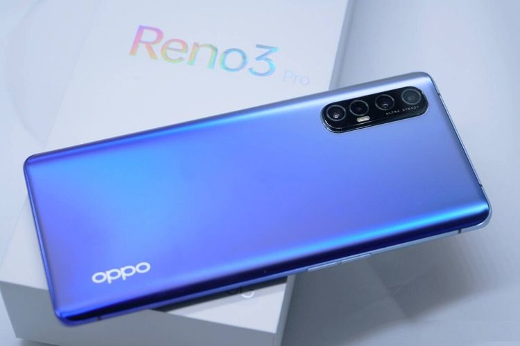 Oppo Reno 3 Pro with its Quad Camera setup on the back
